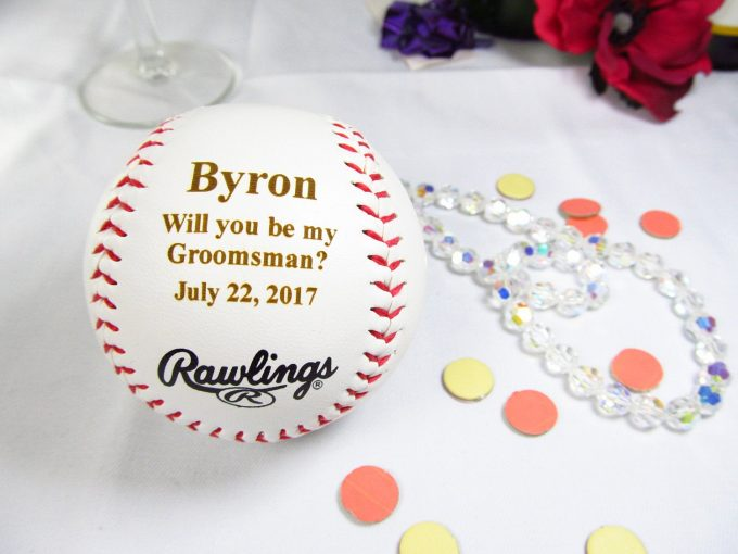 gifts to ask groomsmen to be in wedding