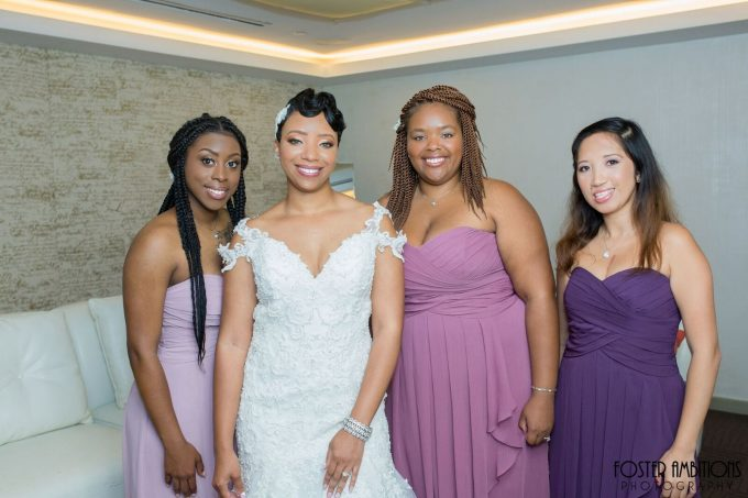 bride with bridesmaids - le club avenue wedding