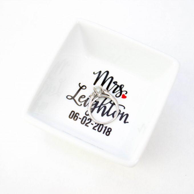 engagement ring holders - ring bowl