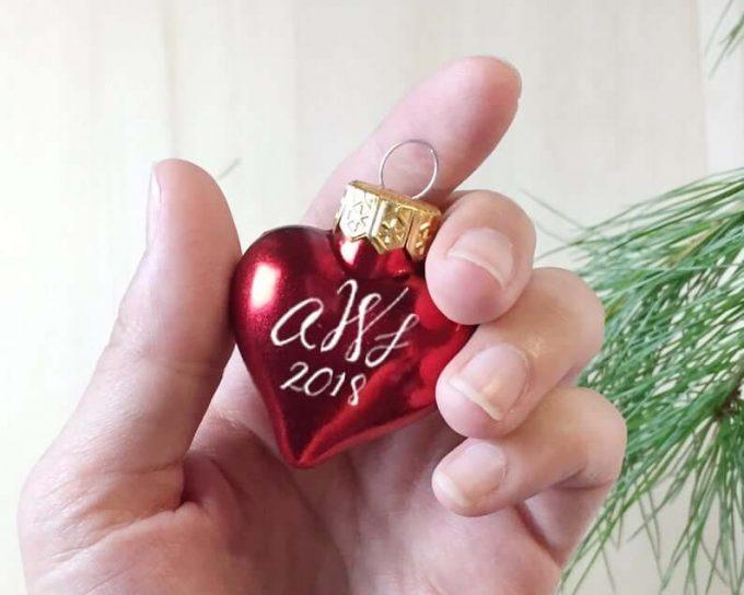 heart ornament favors