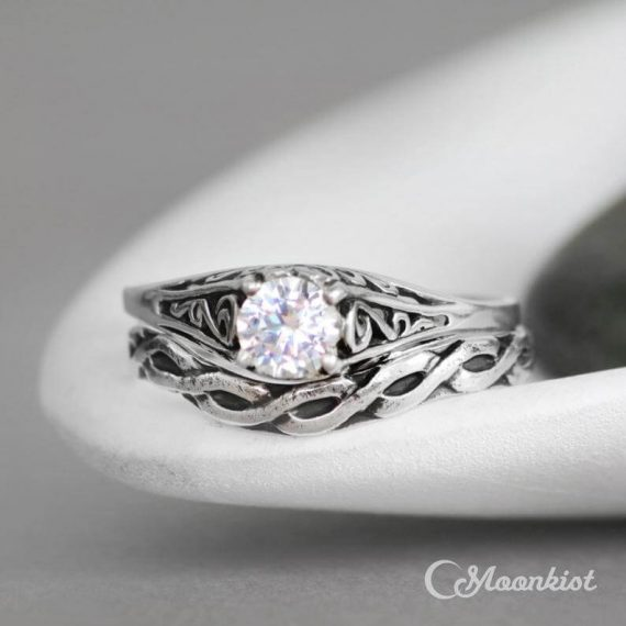 celtic curved band