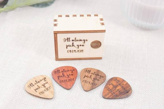 i pick you guitar pick