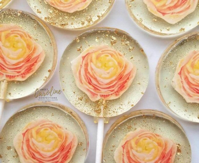 flower lollipops - best spring wedding favors