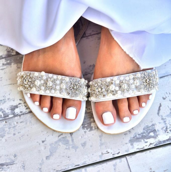 beach wedding shoes for bride