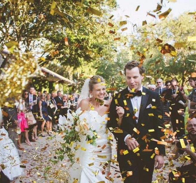wedding confetti cannons