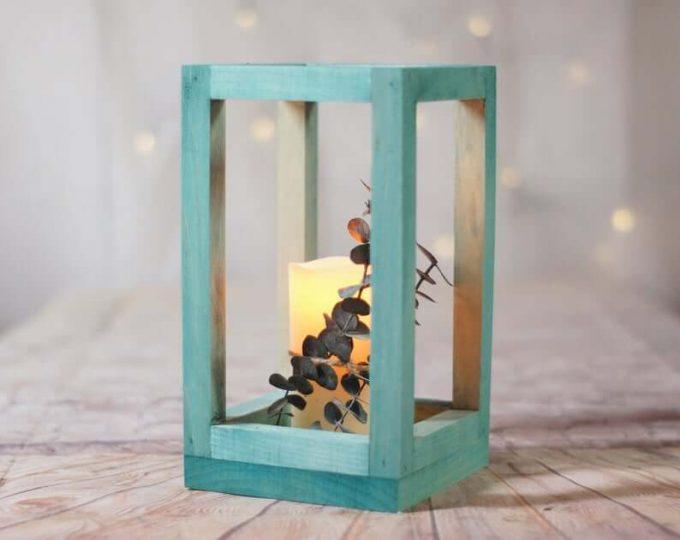 wedding centerpieces with lanterns
