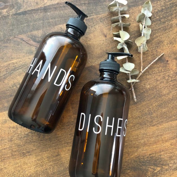 hands dishes soap set