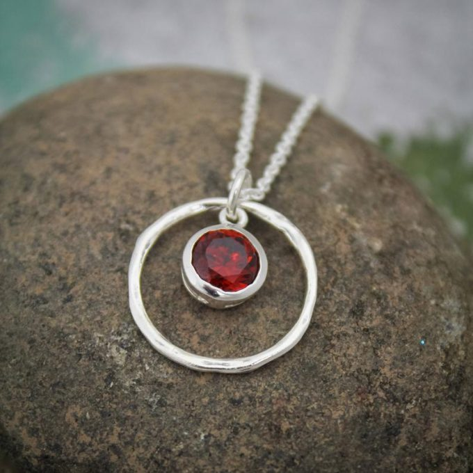 red garnet pendant silver necklace