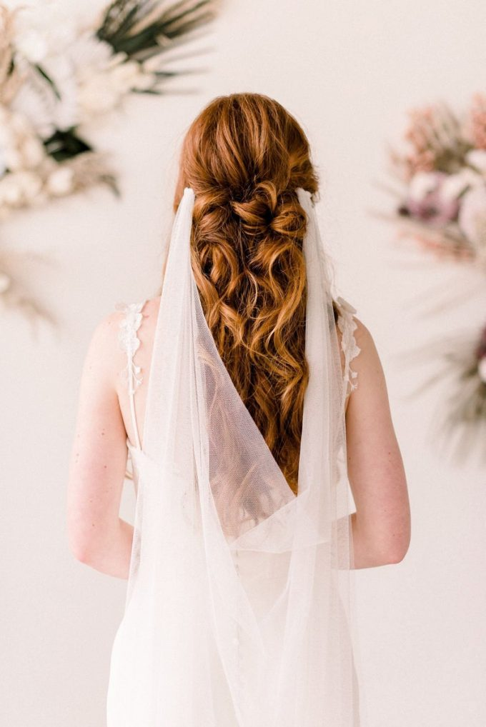 bridal veil with hair down style