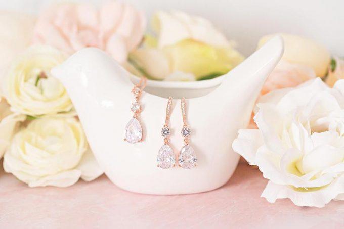 win bridal jewelry