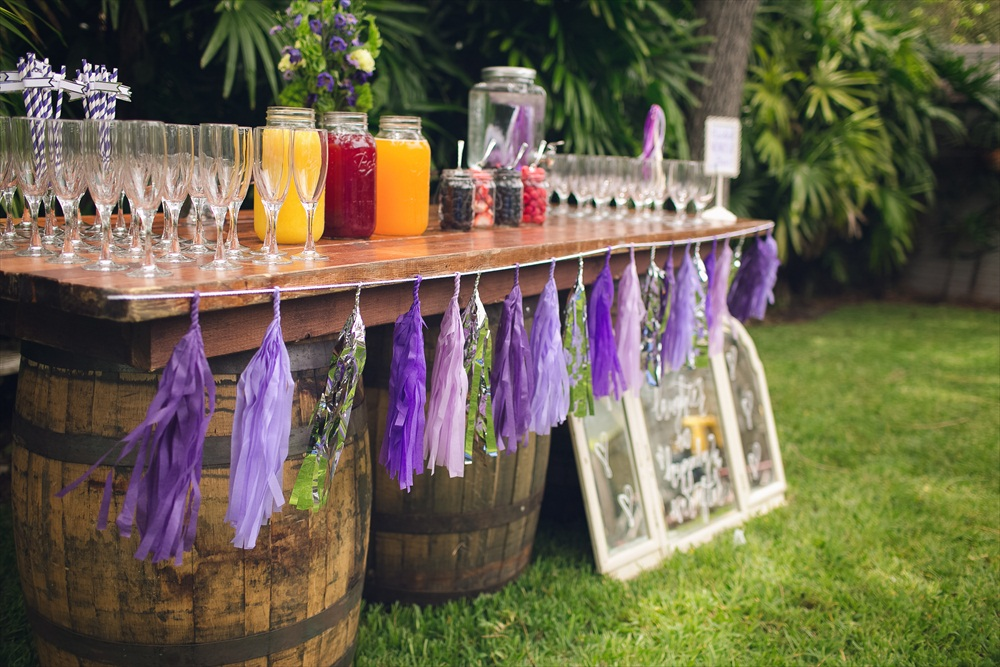 Mimosa Bar | Rustic Glam Bridal Shower | styled: adore amor event planning, photo: little blue bird photography | https://emmalinebride.com/shower/rustic-glam-bridal-shower/