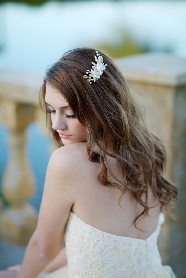 beautiful bridal hair clip | 8 Alternative Wedding Veil Ideas from Tessa Kim