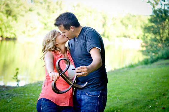 Liv Hefner Photography - Parkersburg engagement photographer