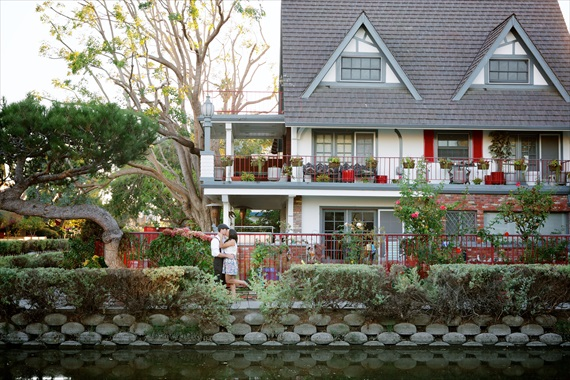 Edith Elle Photography - Venice Canals Engagement