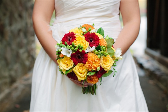 DIY Fall Wedding - Photo by Noelle Ann Photography - the bride's #fall #wedding #bouquet