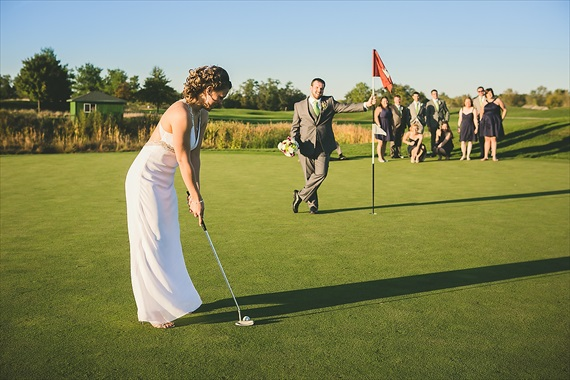 Matthew Steed Wilson Photography - bride putting at Coyote Creek Golf Course