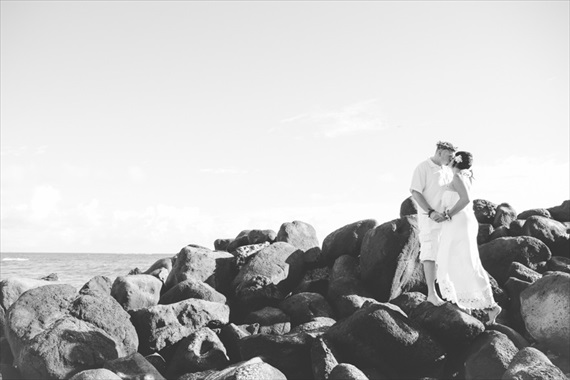 Maui-beach-wedding-ardolino-photography-emmaline-bride-13