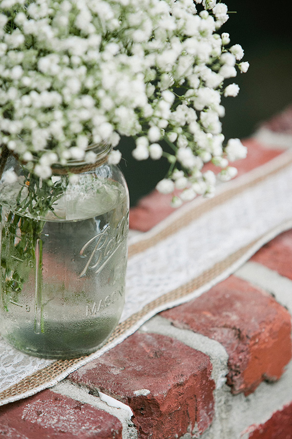 Tate Tullier Photography - Gatehouse wedding - baby's-breath-in-mason-jar