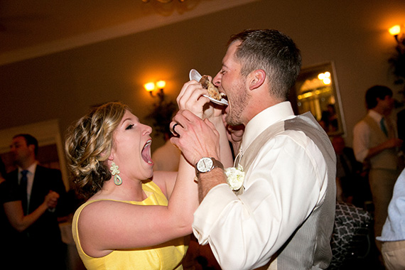 Tate Tullier Photography - Gatehouse wedding - groom-gets-mouthful-of-pie