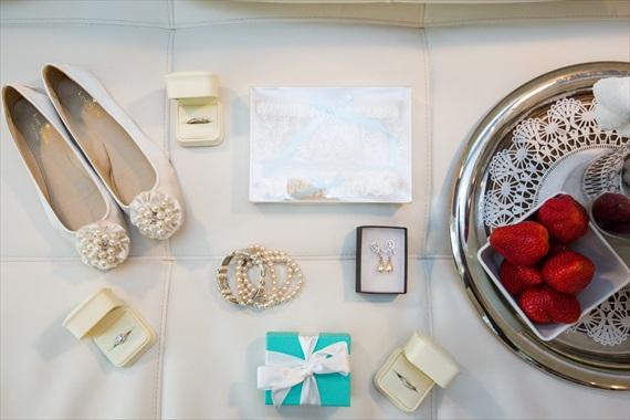 Filda Konec Photography - Hemingway House Wedding - bride's wedding accessories