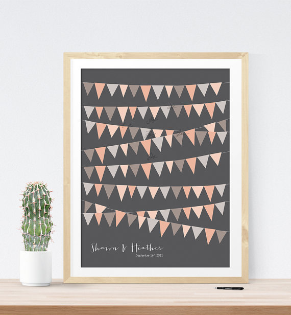 Rustic bunting guest book alternative print | 21 Unique Themed Guest Book Alternatives via https://emmalinebride.com/reception/themed-guest-book-alternatives/