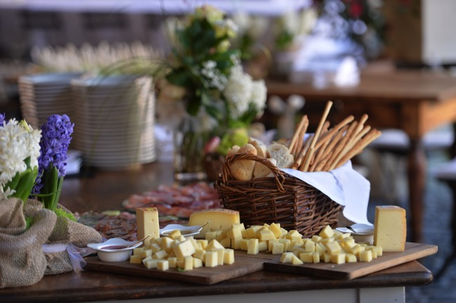 cheese platter at spring wedding in Italy  | Planner: Venice Events | via http://emmalinebride.com/real-weddings/spring-wedding-in-italy-andre-shona/