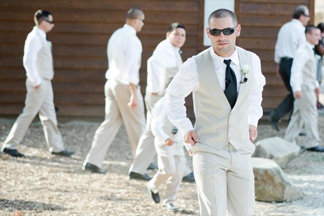 Dodasa Ranch Wedding photo: White Ivory Photography | via http://emmalinebride.com