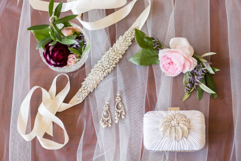 Winery Style Wedding Shoot - The Bride's Accessories (photo: olivia smartt) http://emmalinebride.com/themes/winery-style-wedding/