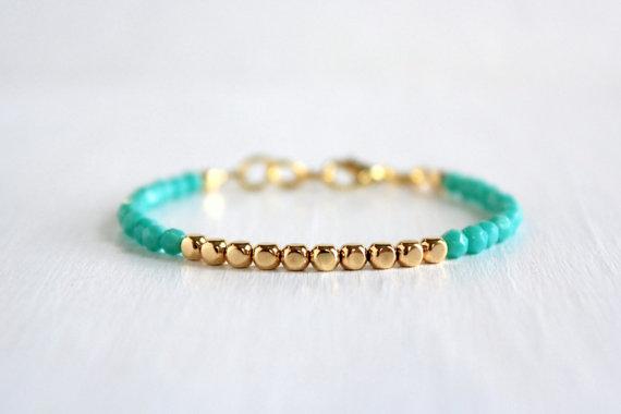 aquamarine stacked bracelet | via Best Aquamarine Jewelry Finds on Etsy - https://emmalinebride.com/bride/best-aquamarine-jewelry/