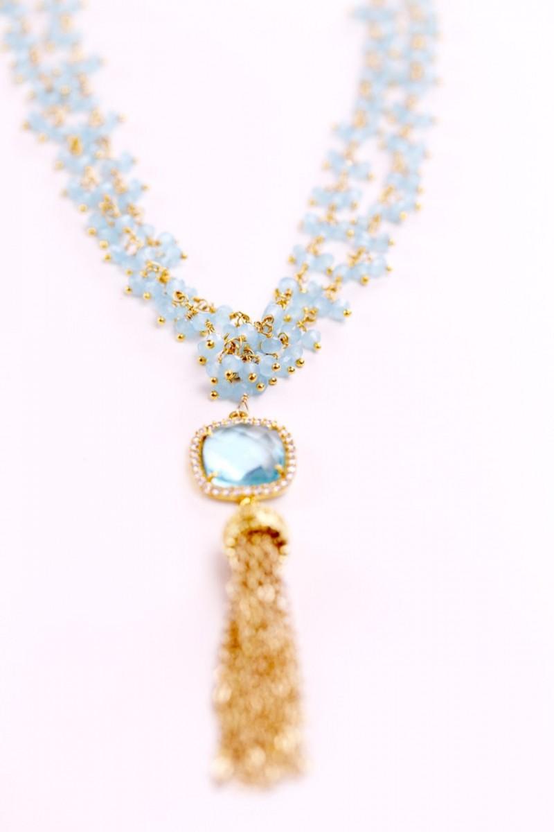 aquamarine tassel necklace | via Best Aquamarine Jewelry Finds on Etsy - https://emmalinebride.com/bride/best-aquamarine-jewelry/