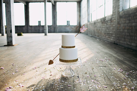 arrow-wedding-cake-topper