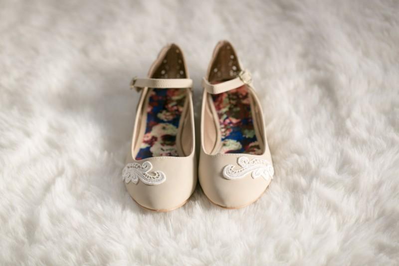 ballet flats with strap | via 31 Best Handmade Wedding Shoes https://emmalinebride.com/bride/handmade-wedding-shoes/