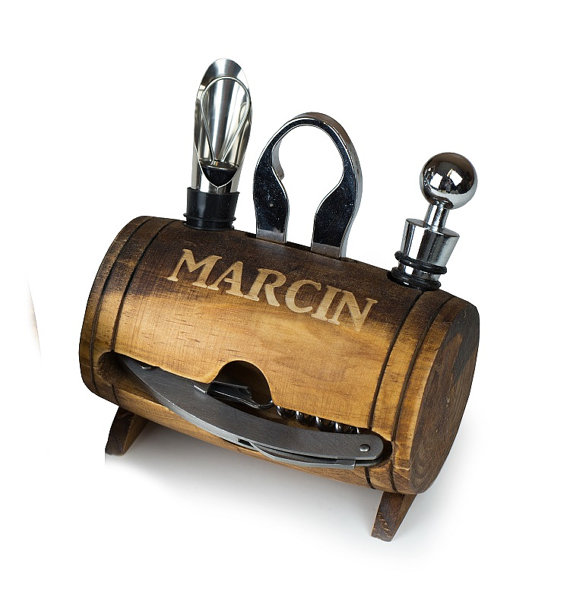 barrel shaped wine tool kit groomsmen gift