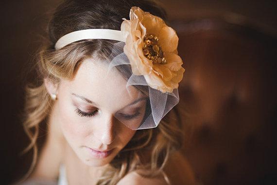 birdcage veil headband via 15 Stunning Wedding Veil Alternatives