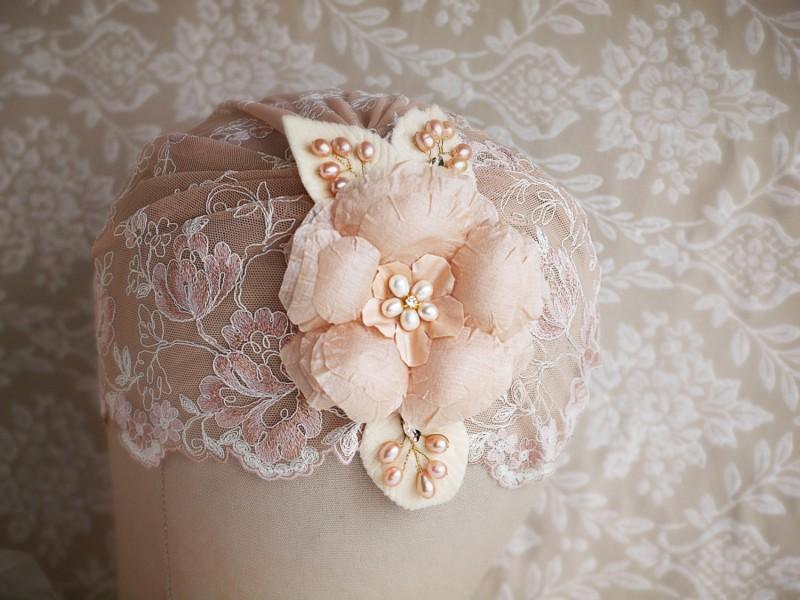 Blush bridal cap veils | by Gadegaard Design | https://emmalinebride.com/bride/bridal-cap-veils/