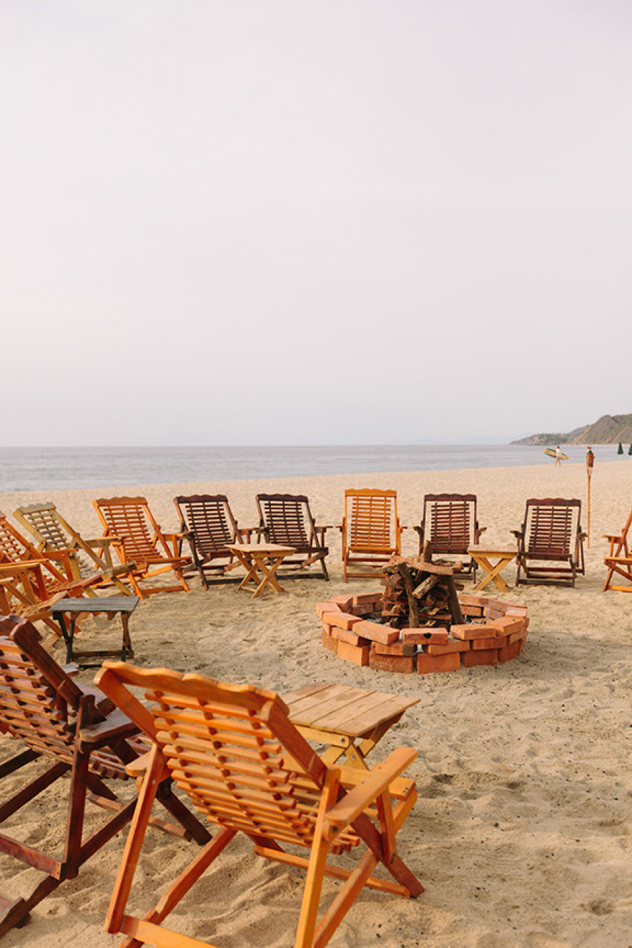 bonfire sitting area at beach wedding | photo: matt edge | via emmalinebride.com