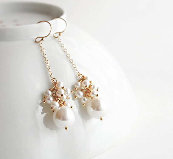 bridal drop pearl earrings