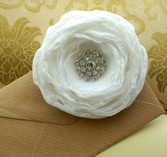 veil alternatives: #1 flower hair pins (by nia person via emmaline bride) #handmade #wedding #hair - bridal hair flower