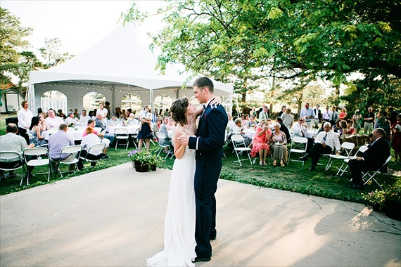 bride and groom first dance (by justin battenfield)