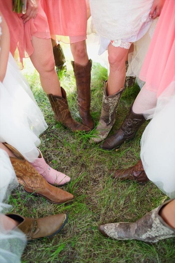 bridesmaids cowboy boots - via 3 Cute Cheap Wedding Cowboy Boots