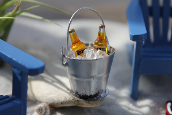 bucket-of-beer-for-cake-topper
