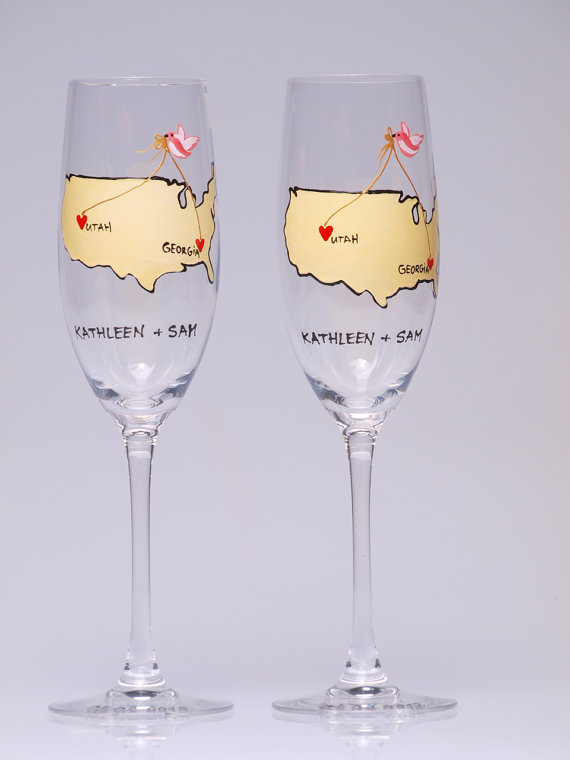 champagne flutes via 25 State Ideas That Will Make Your Big Day More Awesome