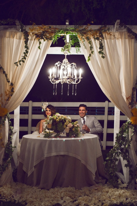 night wedding ideas: chandelier