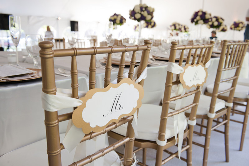 chic mr and mrs signs | via bride and groom chair signs https://emmalinebride.com/decor/bride-and-groom-chairs/