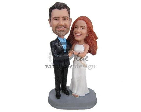 Bobblehead Cake Toppers Weddings | http://emmalinebride.com/reception/bobblehead-cake-toppers-weddings/