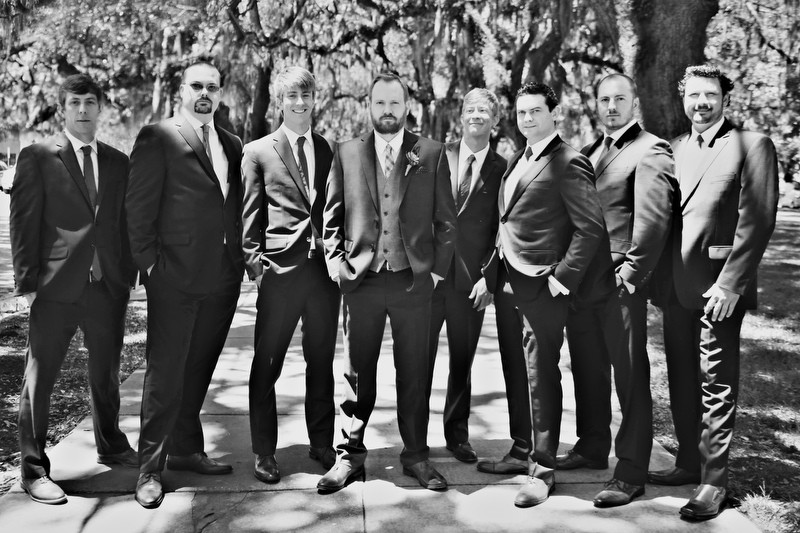 Groom and groomsmen | Photographer: Melissa Prosser Photography | via https://emmalinebride.com/real-weddings/colleen-ryans-lovely-savannah-wedding-at-the-mansion-on-forsyth-park