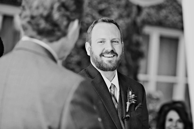 The Groom | Photographer: Melissa Prosser Photography | via http://emmalinebride.com/real-weddings/colleen-ryans-lovely-savannah-wedding-at-the-mansion-on-forsyth-park