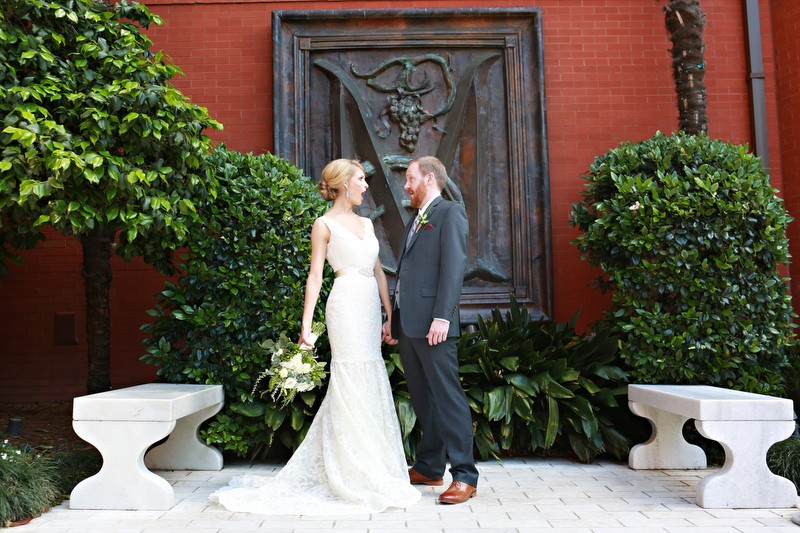 The bride and groom | Photographer: Melissa Prosser Photography | via http://emmalinebride.com/real-weddings/colleen-ryans-lovely-savannah-wedding-at-the-mansion-on-forsyth-park
