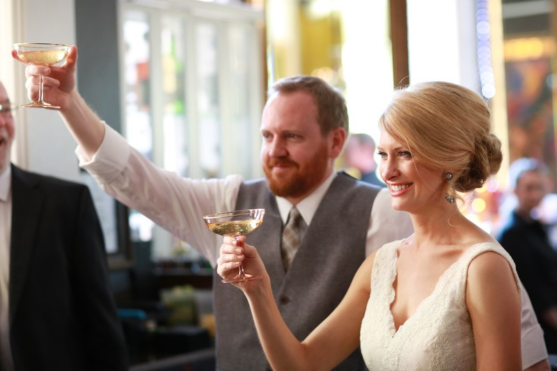 The bride and groom toasting | Photographer: Melissa Prosser Photography | via http://emmalinebride.com/real-weddings/colleen-ryans-lovely-savannah-wedding-at-the-mansion-on-forsyth-park