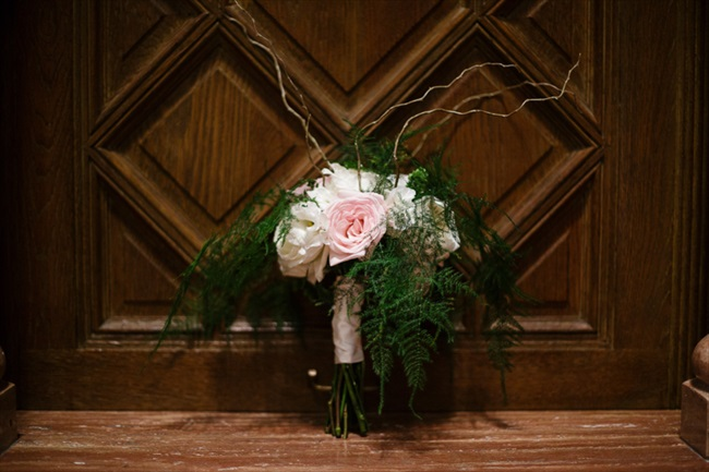 The bouquet | Photo: Searching for the Light Photography LLC | via https://emmalinebride.com/real-weddings/colorado-chic-wedding-kendall-brian/